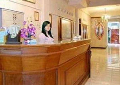 Hotel Cristalit Penerima Tamu