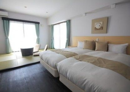 Hotel de L\'aqua Miyakojima