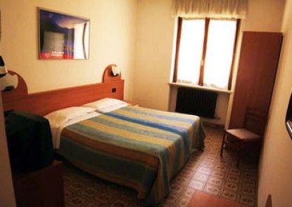 Hotel Dujany