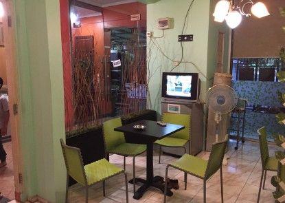 Hotel Faris Interior