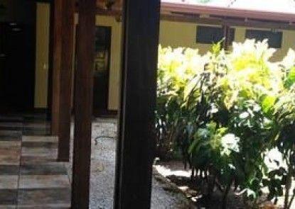 Hotel Flor de Itabo
