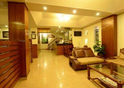 Hotel Friend\'s Home