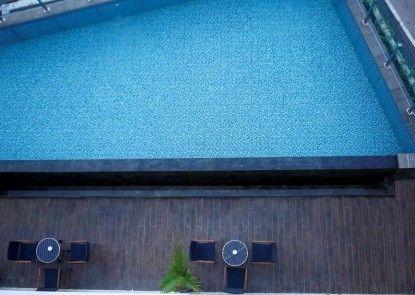 Hotel Grandhika Setiabudi Medan Kolam Renang