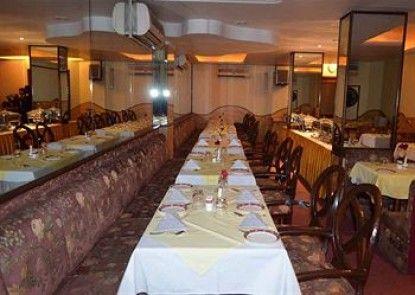 Hotel Grand Sartaj