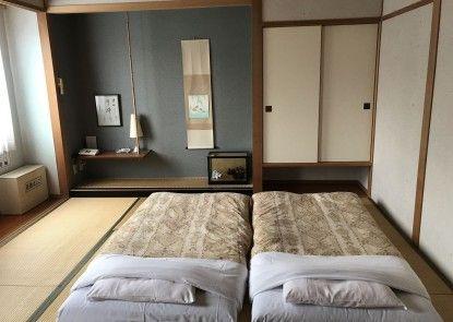 Hotel Heart Inn