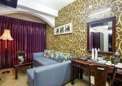 Hotel Highgarden