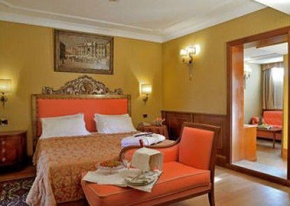 Hotel Homs