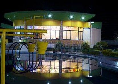 Hotel Jal Mahal