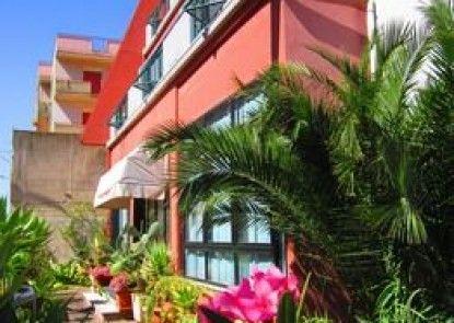 Hotel La Piramide