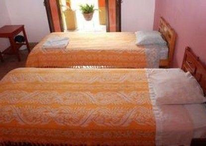 Hotel Lirice Colonial