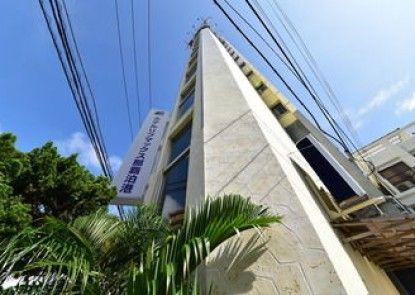 Hotel Livemax Naha Tomariko