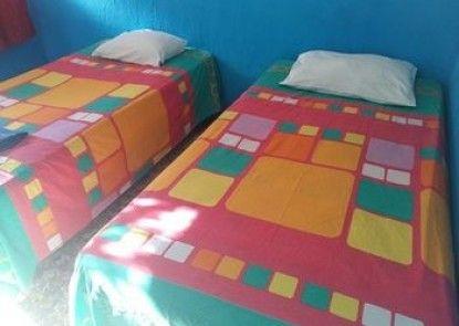 HOTEL LOS ESTUDIANTES