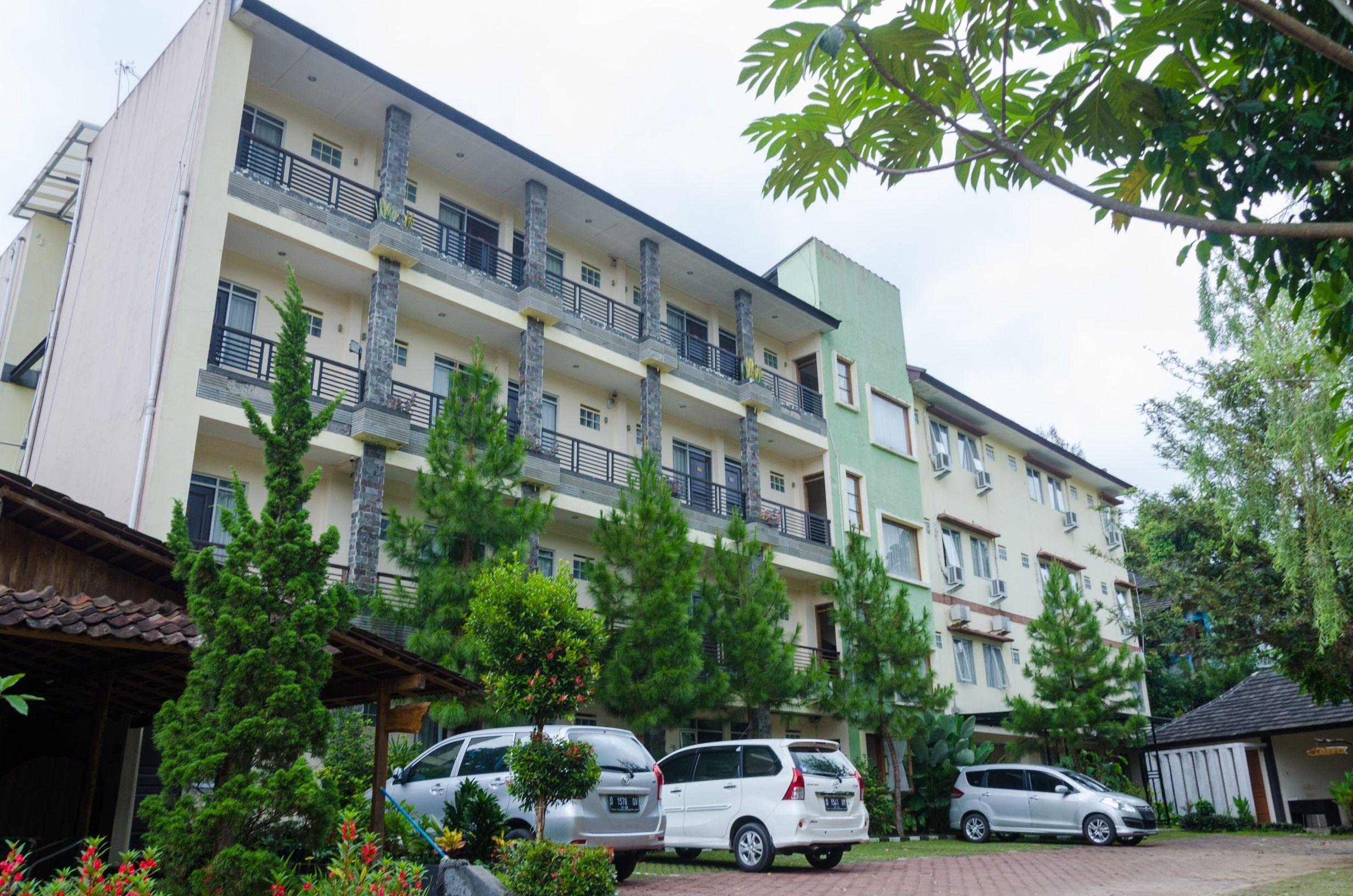 Hotel Lotus Bandung