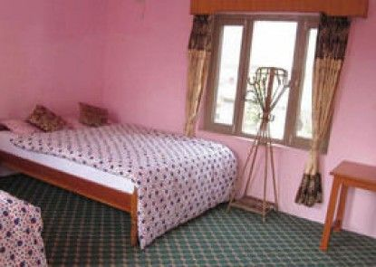Hotel Lotus Inn