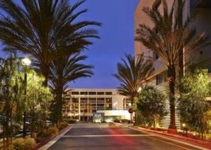 Hotel MdR Marina del Rey – a DoubleTree by Hilton
