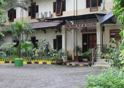 Hotel Mega Matra Eksterior