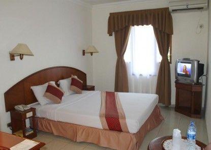 Hotel Mega Matra Kamar Tamu
