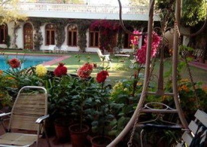 Hotel Megh Niwas