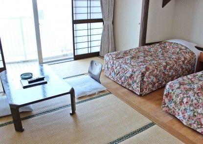 Hotel Miyuki Beach