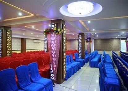 Hotel Nakshatra Inn