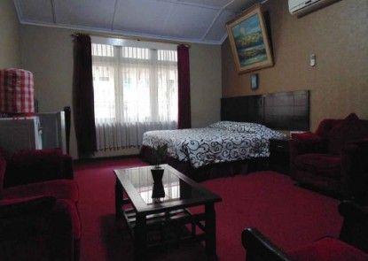 Hotel Naratas Ruangan Suite