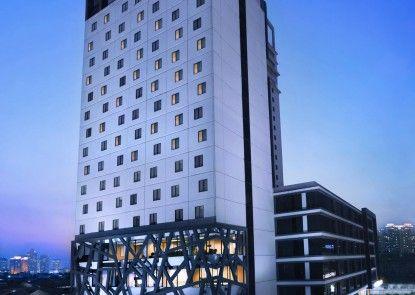 Hotel Neo+ Kebayoran Eksterior