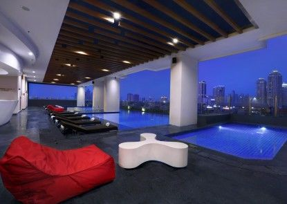 Hotel Neo+ Kebayoran Kolam Renang