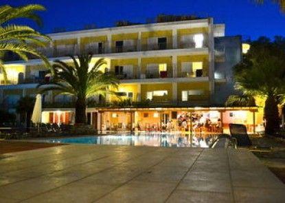 Hotel Paloma Blanca