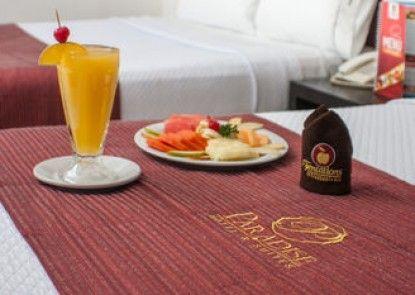 Hotel Paradise Real Guadalajara