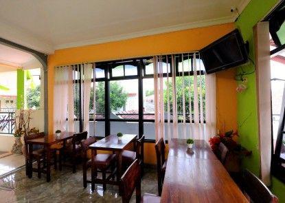 Hotel Paramitha Rumah Makan