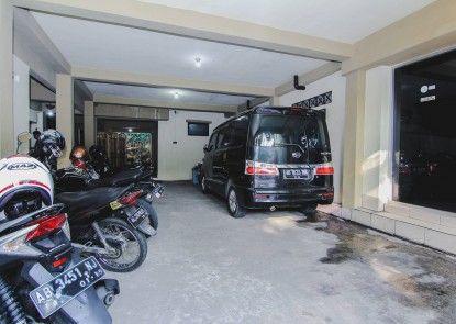 Hotel Pelangi Tempat Parkir