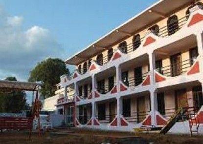 Hotel Pine Havens