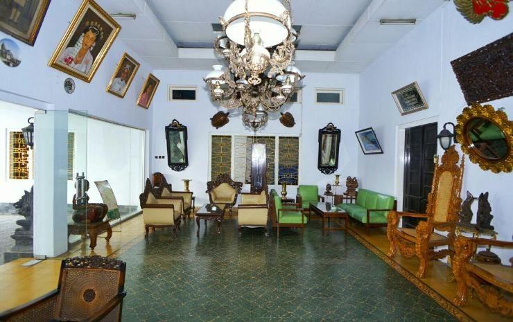 Hotel Prayogo Tiga, Yogyakarta