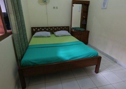 Hotel Prayogo Tiga Kamar Tamu