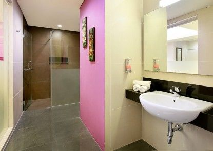Hotel Primera Seminyak managed by AccorHotels Kamar Mandi