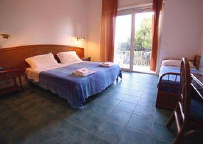 Hotel Punta Licosa