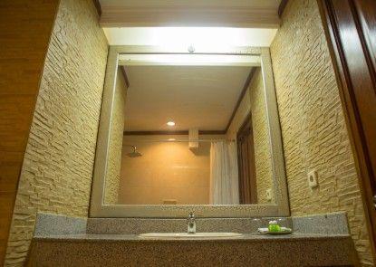 Hotel Puri Dibia Kamar Mandi