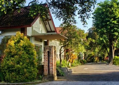 Hotel Puri Pangeran Pintu Masuk