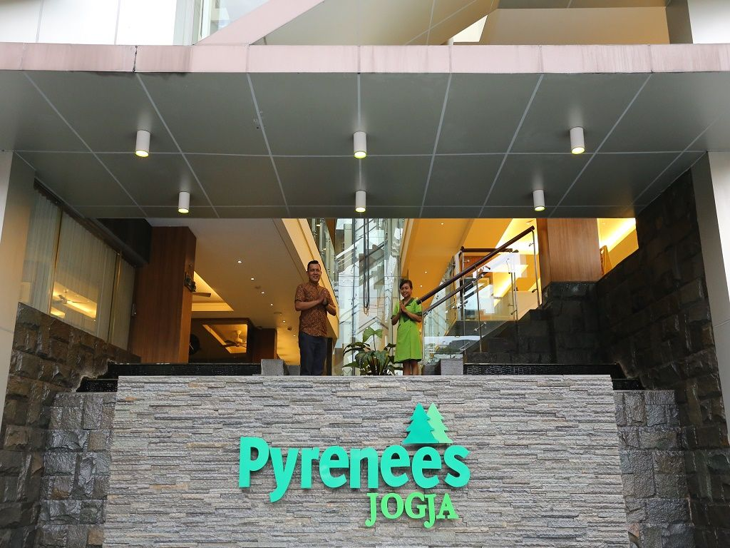 Hotel Pyrenees Jogja, Yogyakarta
