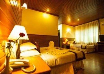 Hotel Queen Mandalay