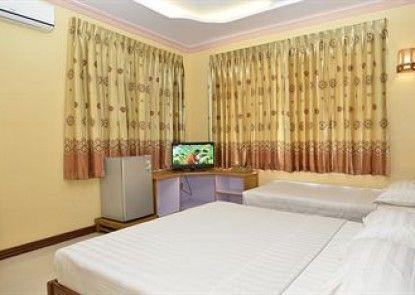 Hotel Rich Queen