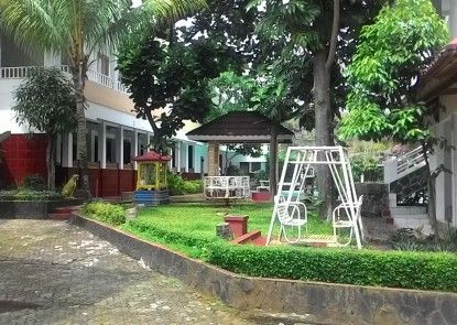Hotel Ririn Teras