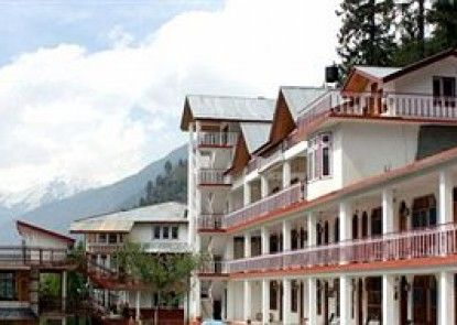 Hotel Rishi Palace