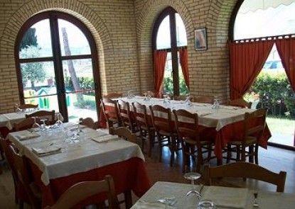 Hotel Ristorante Casa Rossa