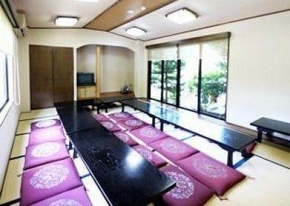 Hotel Route-Inn Kamiyamada