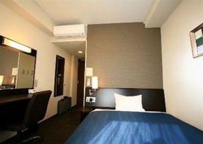 Hotel Route-Inn Koga Ekimae