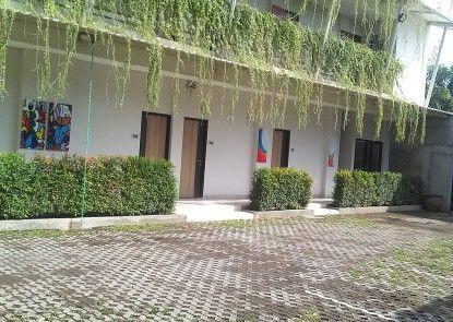 Hotel Sampurna Cirebon Tempat Parkir