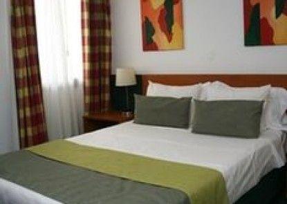 Hotel Santa Clara Évora Centro