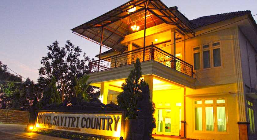 Hotel Savitri Country, Sleman