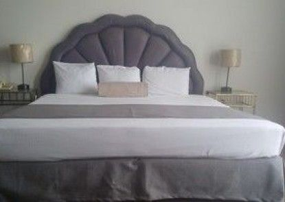 Hotel Suites Bernini